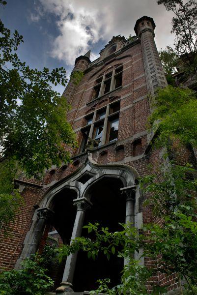 Château de Mesen History