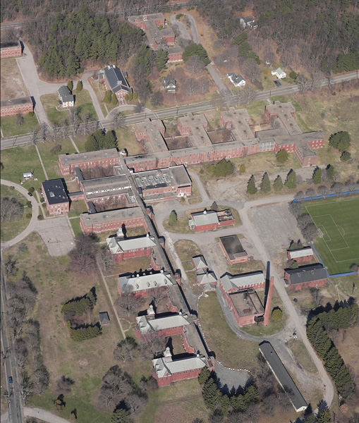 Abandoned Houses In Plymouth Ma: Foxboro State Hospital: An Abandoned Psychiatric Hospital