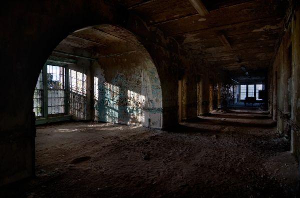 Fotos] Hospital abandonado en Inglaterra. - Página 3 - ForoCoches