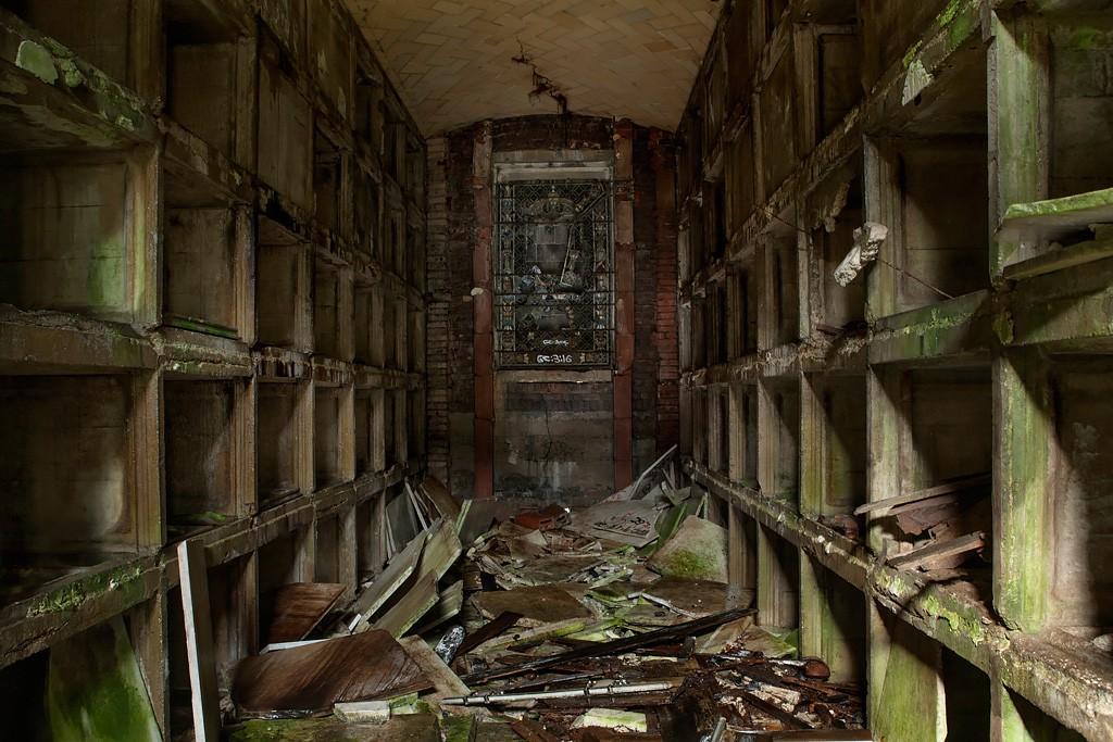 Shards Photo Of The Abandoned Hamilton Mausoleum