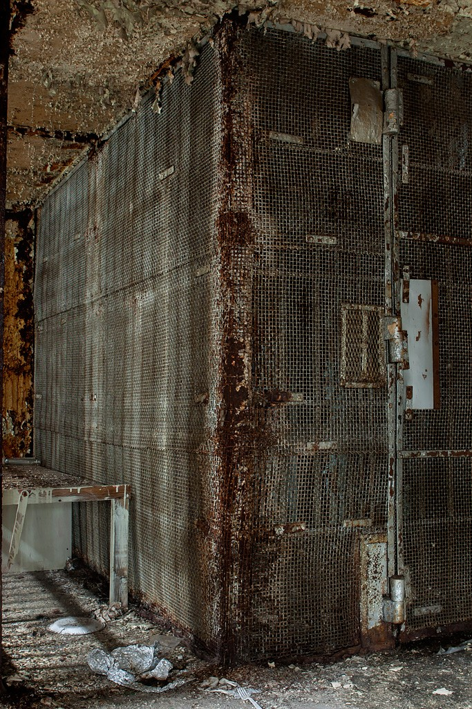 Bad room photo of the abandoned old essex county jail - Bad room pic ...