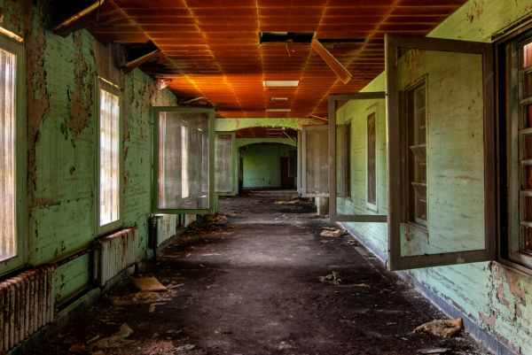 Metropolitan State Hospital: an Abandoned Psychiatric