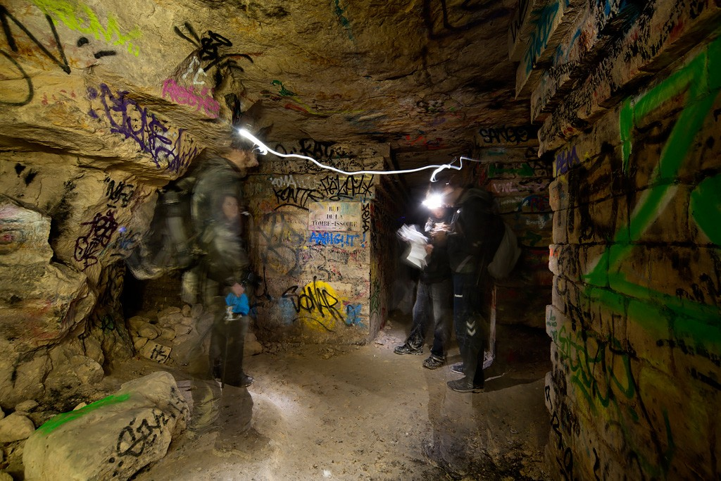 Map Check Photo Of The Abandoned Paris Catacombs